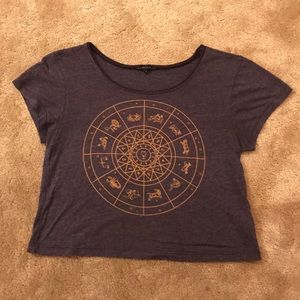 Astrological cropped tee